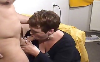 aged large dutch whore receives fingered and