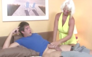 granny receives ejaculation from ramrod and likes