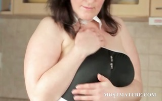 big beautiful woman mature teases her sexy assets