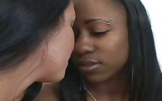 hot interracial lesbian sex