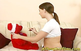 tara reed can her teddy bear