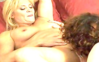 lesbian mommas have cutie on girl in bedroom