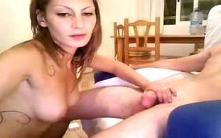 she is feeds her mouth & pussy at home