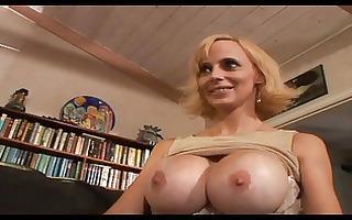 erika lockett - hot busty mother i