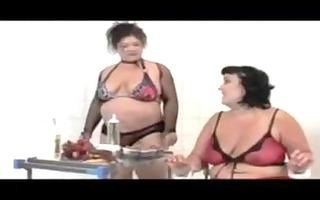 bbw lesbo food play
