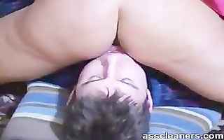 cleaning goddess ass with ice on his mouth