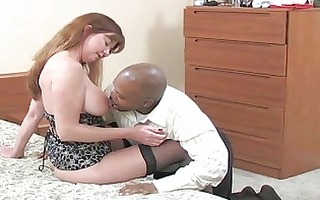 pale bruente milf with dark nylons acquires