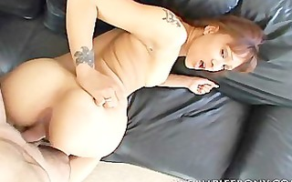 swarthy engulfing penis and creampied pussy